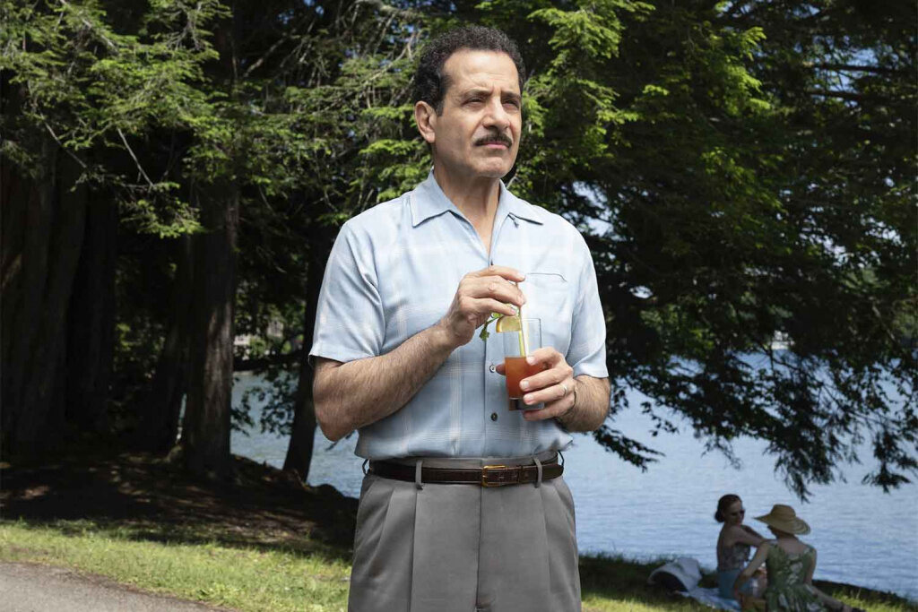 "Tony Shalhoub spielt ""Abe Weissman"" in der Amazon-Serie ""The Marvelous Mrs. Maisel"""